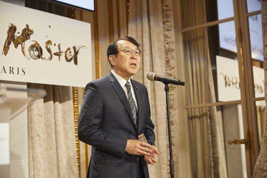 Président d'Honneur Kura Master Monsieur MONJI Kenjiro, Ancien Ambassadeur et Délégué permanent du Japon auprès de l'UNESCO, Sake Samurai